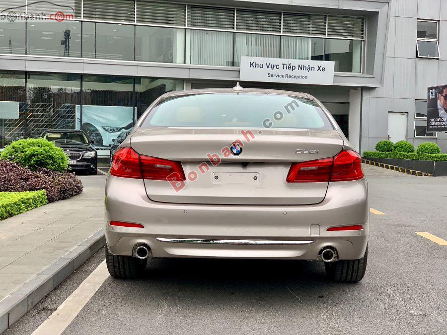 Đuôi xe BMW 5 Series 2020