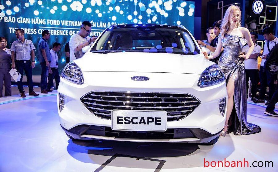 Đầu xe Ford Escape 2020