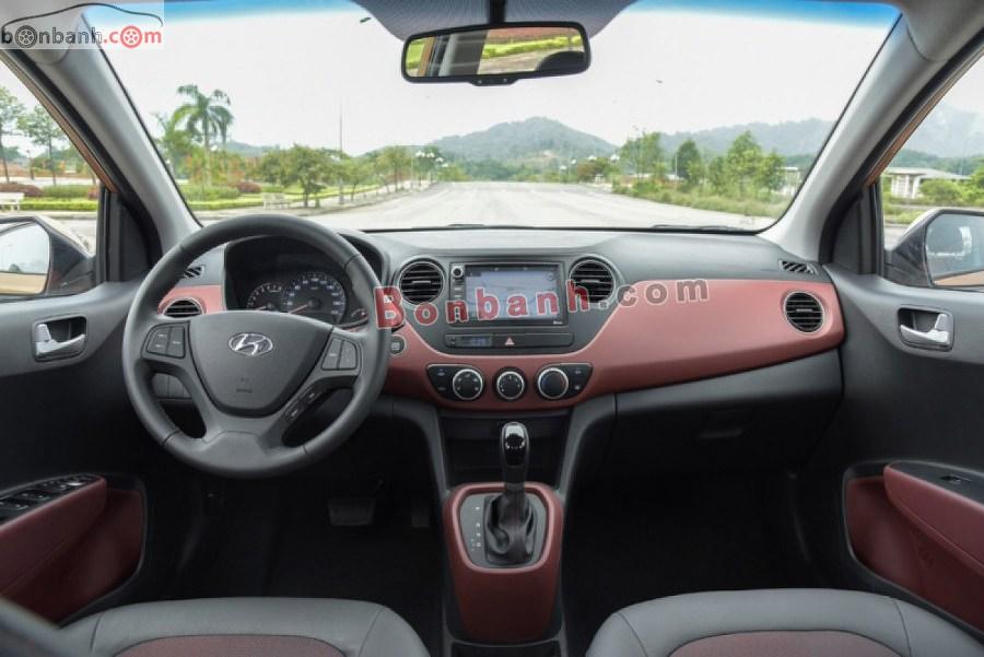 Cabin lái của Hyundai i10 2020
