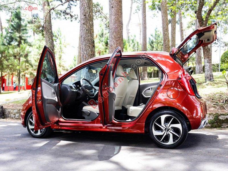 Nội thất bên trong xe Kia Morning 2020