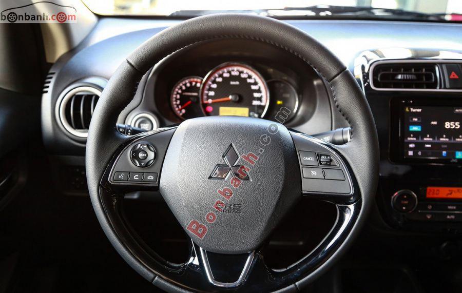 Vô lăng trên Mitsubishi Attrage 2020