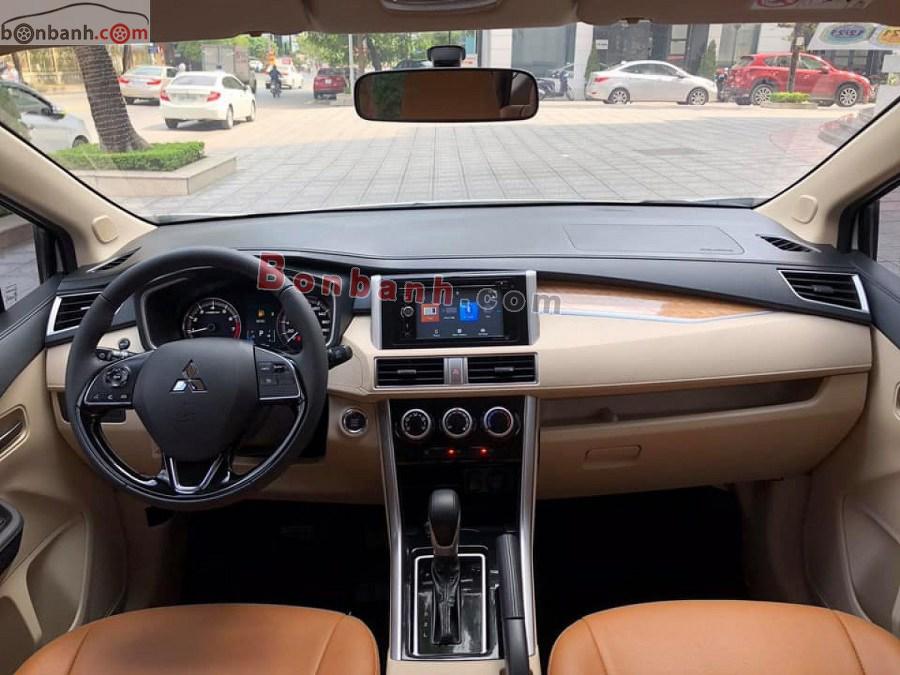 Khoang lái của Mitsubishi Xpander 2020