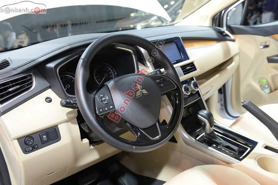 Vô lăng của Mitsubishi Xpander 2020