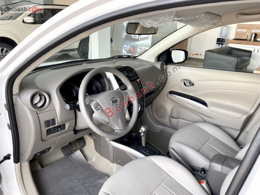 Ghế ngồi của Nissan Sunny 2020