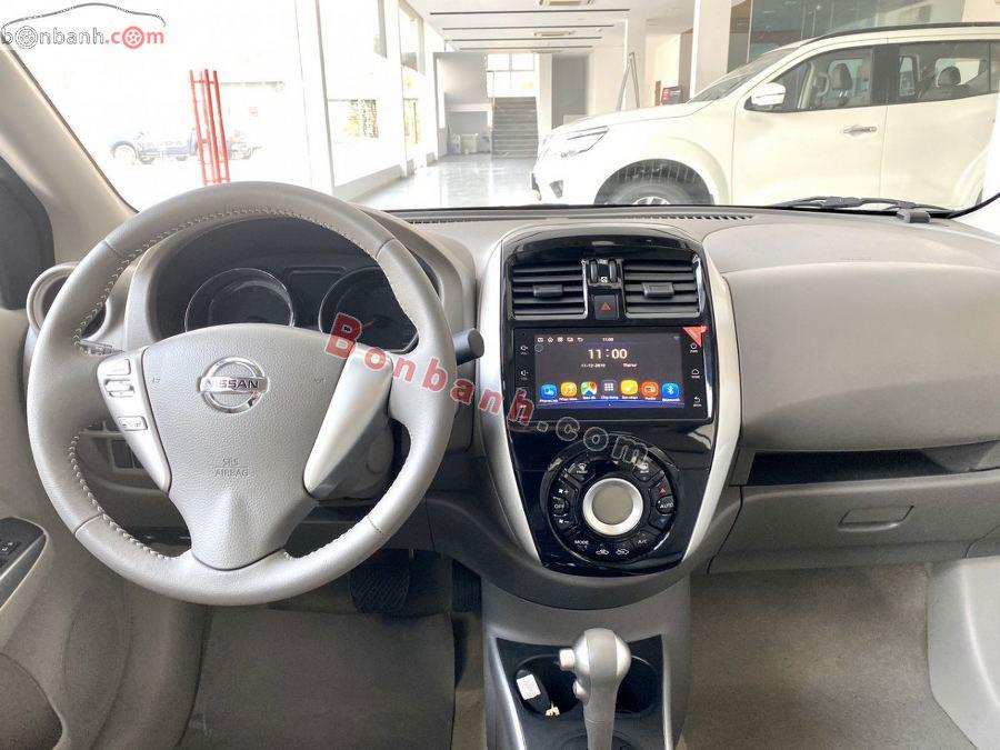 Nội thất Nissan Sunny 2020