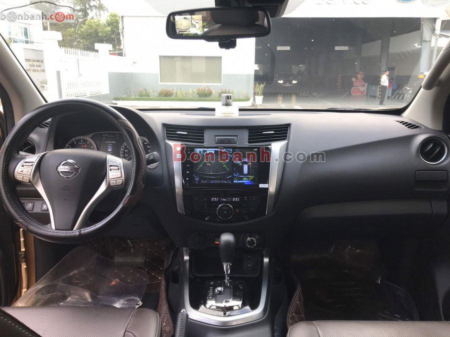 Nội thất Nissan Terra 2020