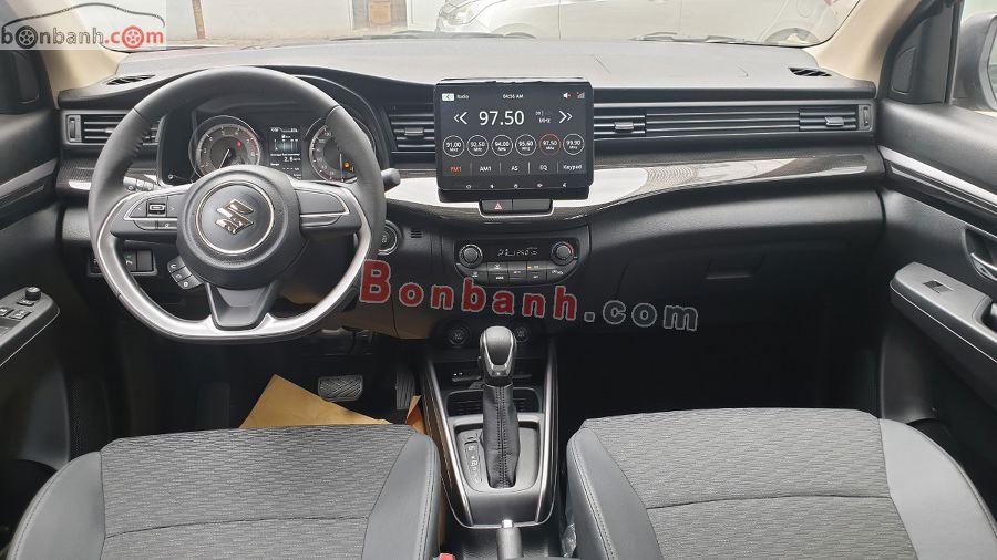 Nội thất hiện đại của Suzuki XL7 2020