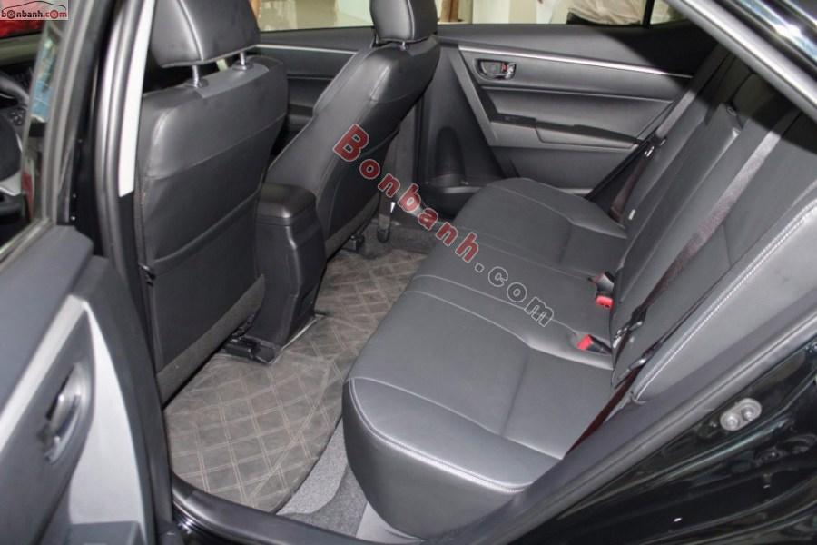 Hàng ghế phía sau của Toyota Altis 2021