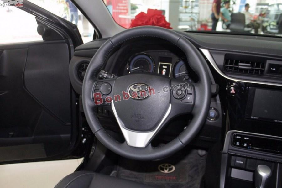Vô lăng Toyota Corolla Altis 2021