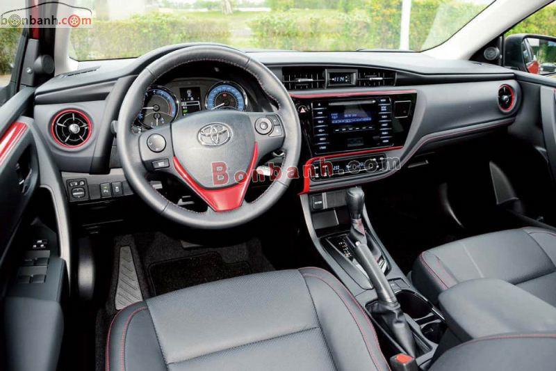 Nội thất Toyota Altis 2021 phiên bản mới gần như không thay đổi