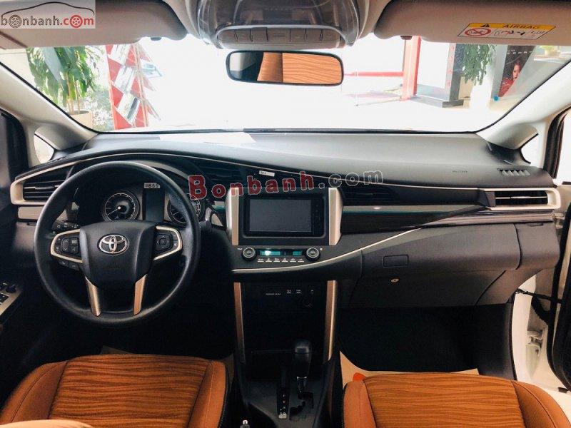 Cabin lái của Toyota Innova 2020 thiết kế khoa học và hiện đại