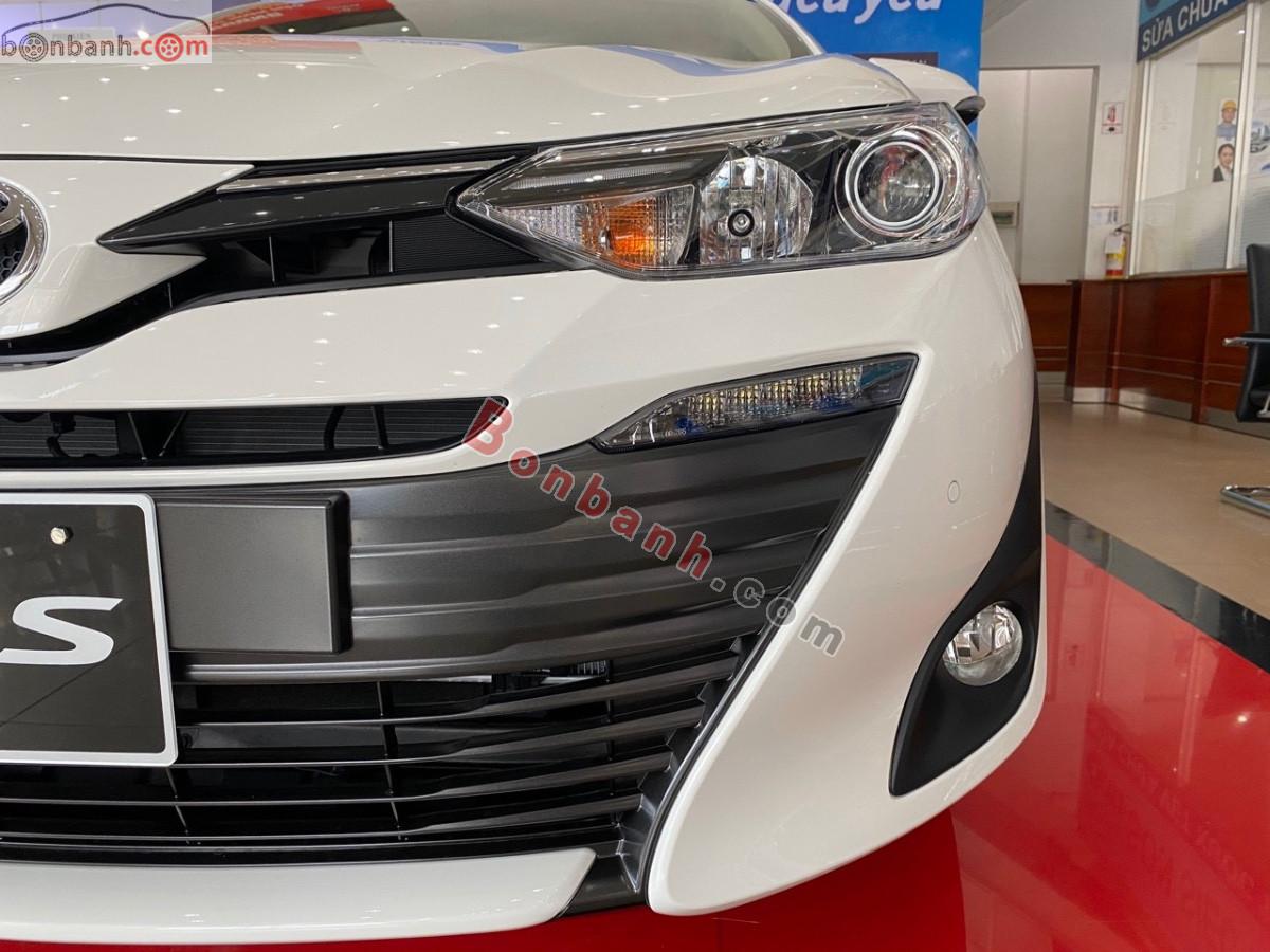 Đèn pha của Toyota Vios G