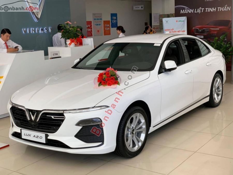 Đánh giá xe Vinfast Lux A2.0 2020