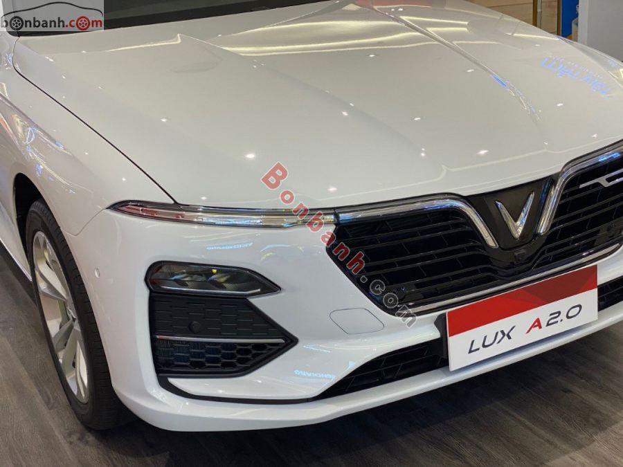 Đèn xe Vinfast Lux A2.0 2020