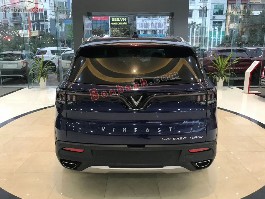 Đuôi xe Vinfast Lux SA2.0 2020