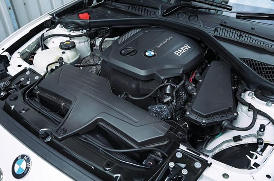 Động cơ xe BMW 118i 2020