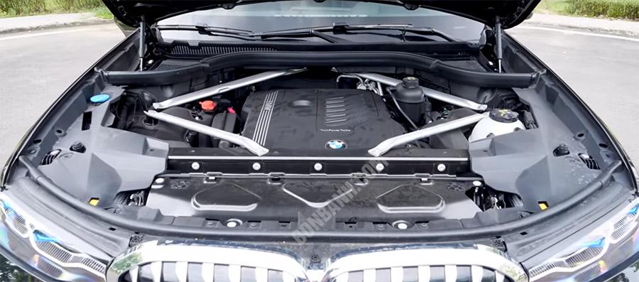 Động cơ xe BMW X7 2020