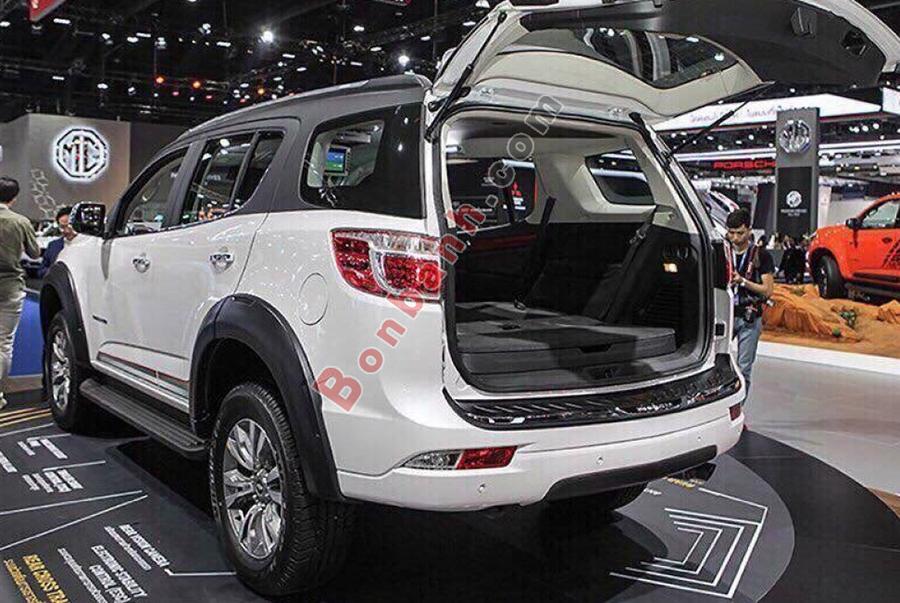 Cốp xe Chevrolet Trailblazer 2020