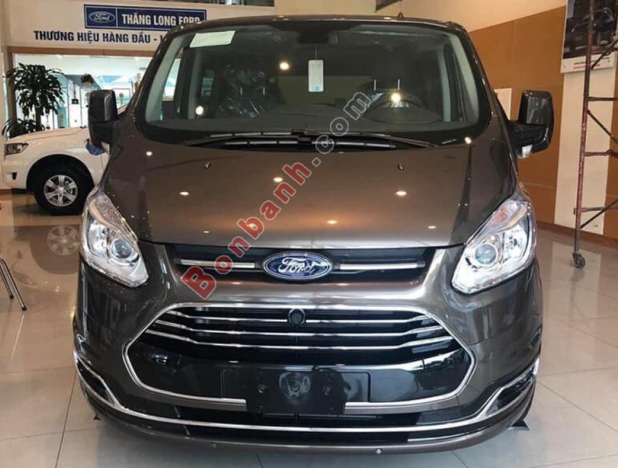 Đầu xe Ford Tourneo 2020