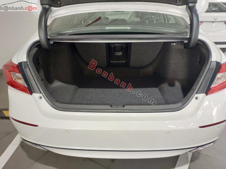 Khoang hành lý Honda Accord 2020