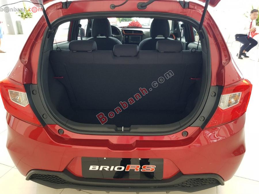 Khoang hành lý xe Honda Brio 2020