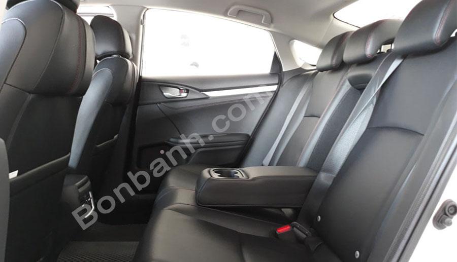 Khoang hành khách Honda Civic 2020
