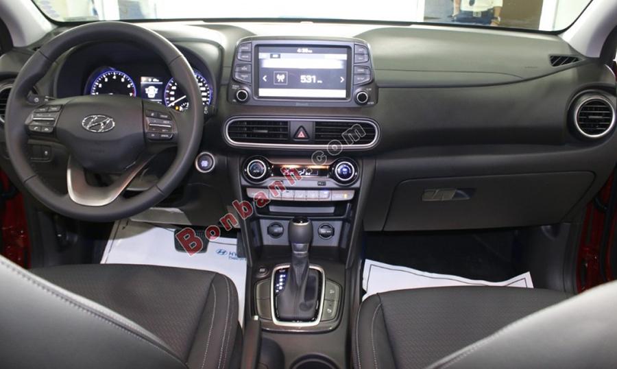 Khoang lái xe Hyundai Kona 2021