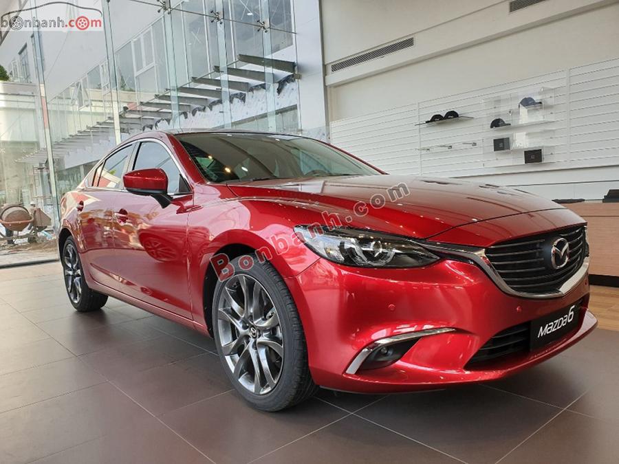 Giá xe Mazda 6 2021