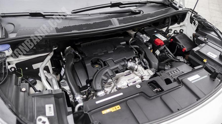 Động cơ xe Peugeot 3008 2020