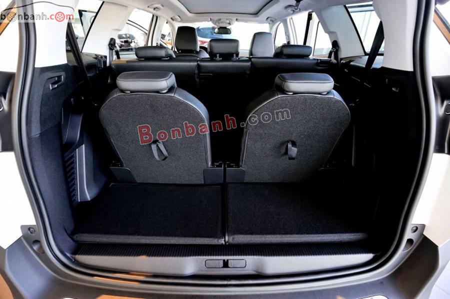 Cốp xe Peugeot 5008 2020