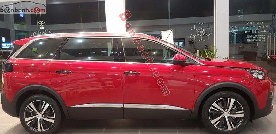 Thân xe Peugeot 5008 2020