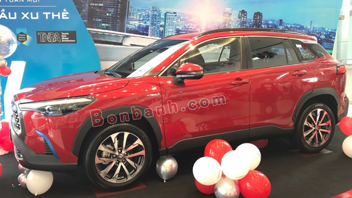Phần thân xe Corolla Cross 2020
