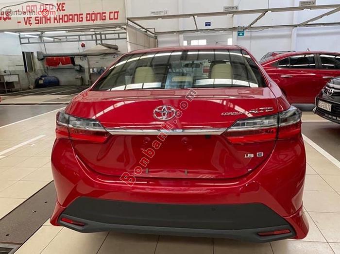 Đuôi xe Toyota Corolla Altis 2020