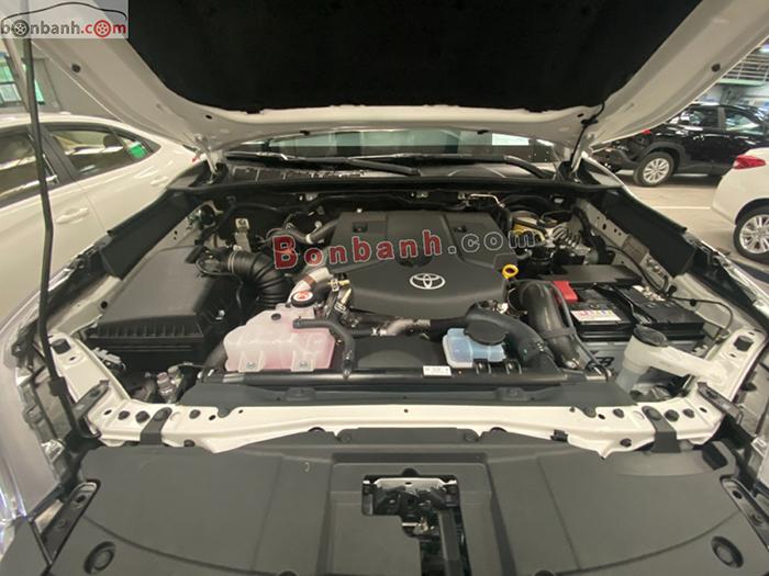 Động cơ xe Toyota Hilux 2021