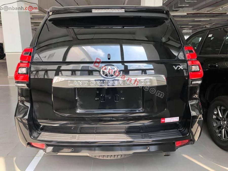 Đuôi xe Toyota Prado 2020