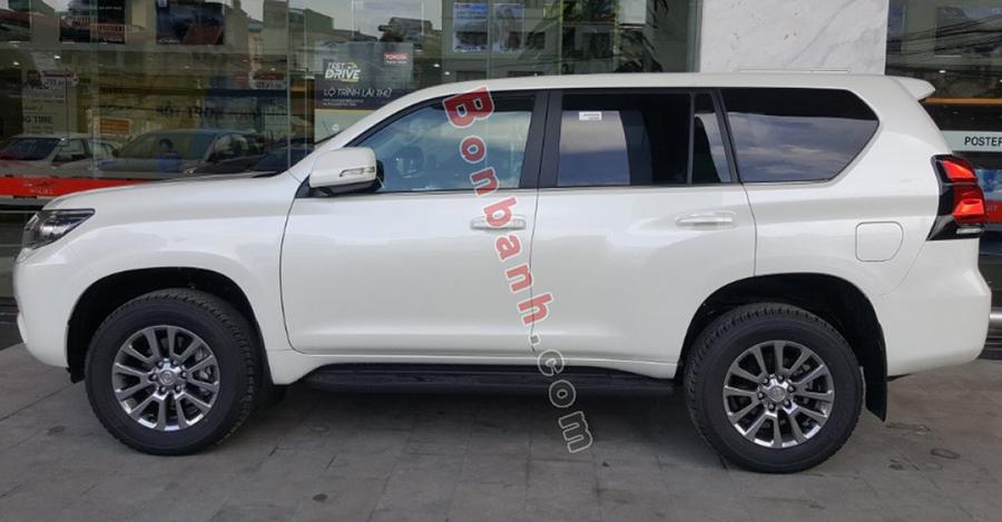 Thân xe Toyota Prado 2020