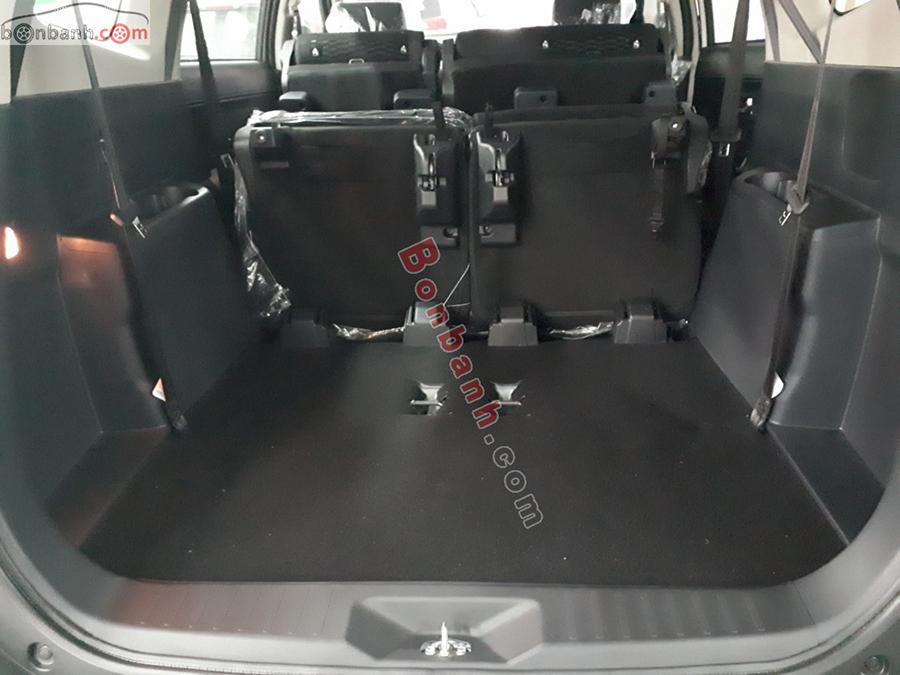 Cốp xe Toyota Rush 2020