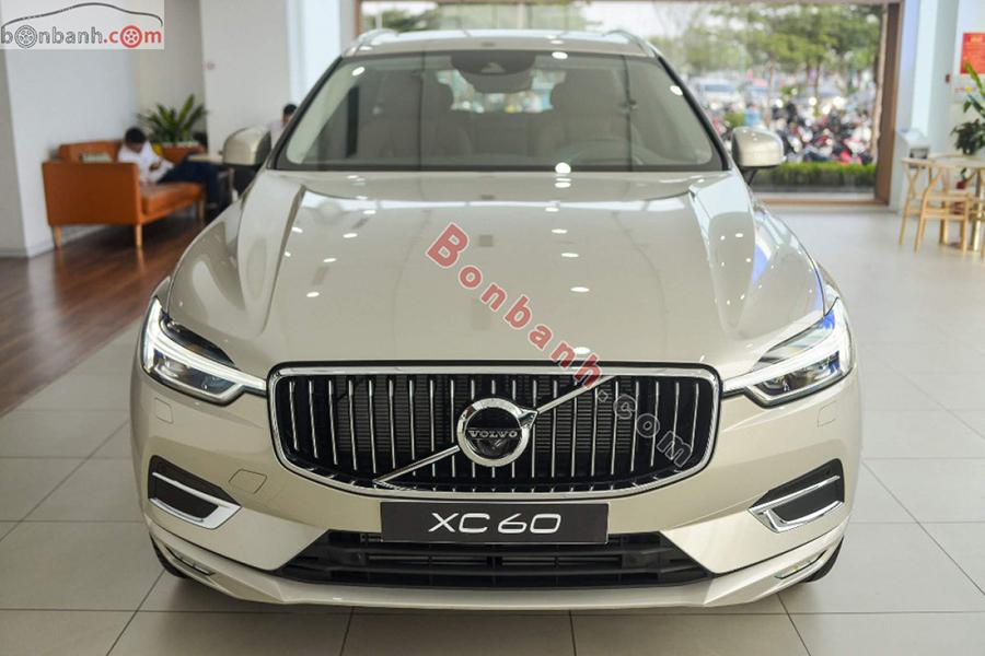 Đầu xe Volvo XC60 2020