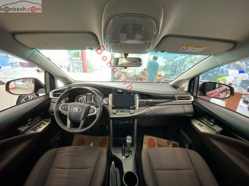 Tiện ích tích hợp trong cabin Toyota Innvoa 2021